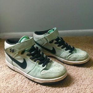Nike SB Seafoam Green Mid Sneakers